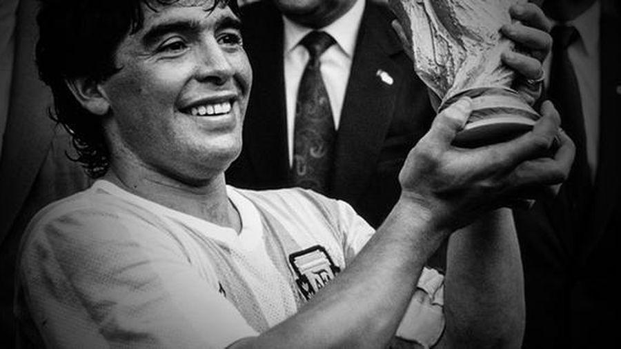 'Đỉnh cao' và 'vực sâu' của Maradona