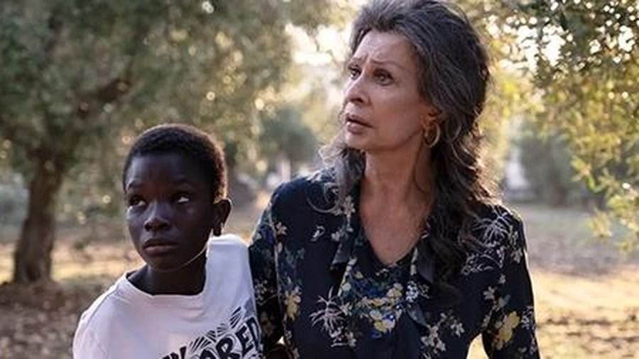 Nữ diễn viên điện ảnh cao niên nhất thế giới