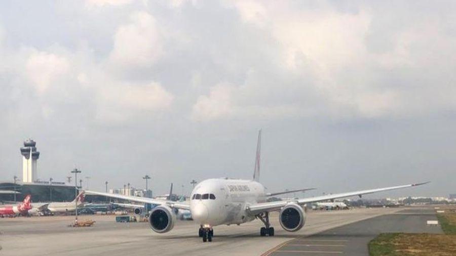 Khẩn trương xây nhà ga mới ở sân bay Tân Sơn Nhất