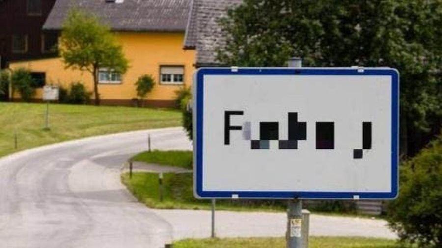 Đổi tên ngôi làng có từ nhạy cảm