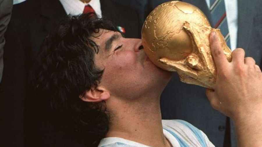 'Pele giỏi nhưng không bằng Maradona'