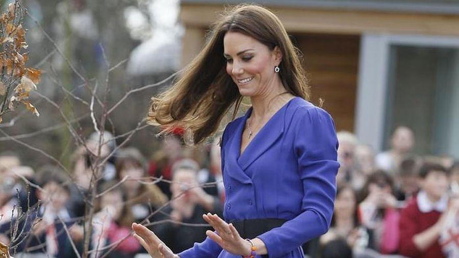 Công nương Kate Middleton mặc lại chiếc váy từ năm 2012