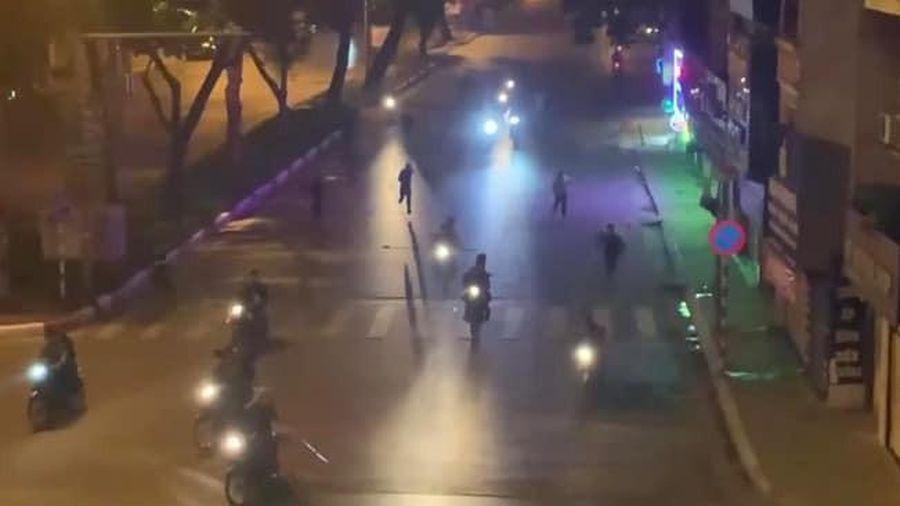 Danh tính nhóm người nửa đêm đuổi chém nhau gây náo loạn đường phố Hà Nội