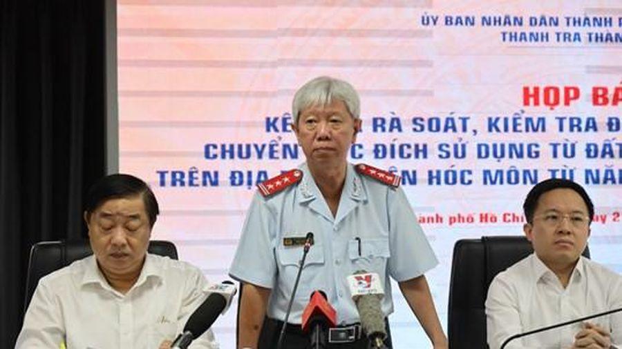 Xử lý hình sự vụ chuyển mục đích sử dụng đất trái luật của UBND huyện Hóc Môn