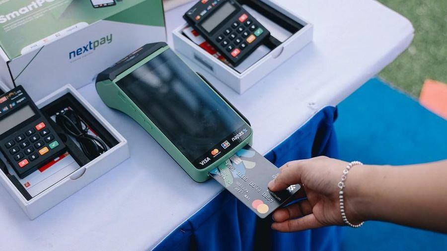 Thanh toán không tiền mặt và 'thế hệ số'