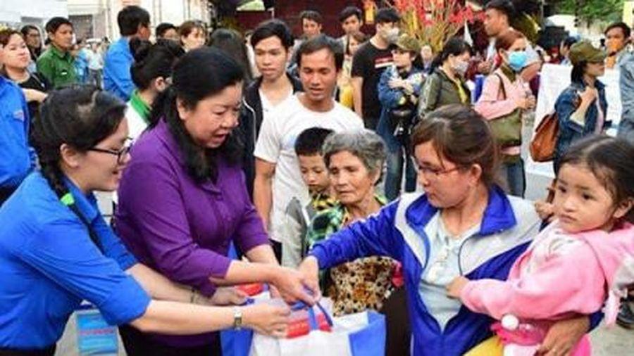 TP.HCM: Mở rộng diện đoàn viên, người lao động được chăm lo Tết