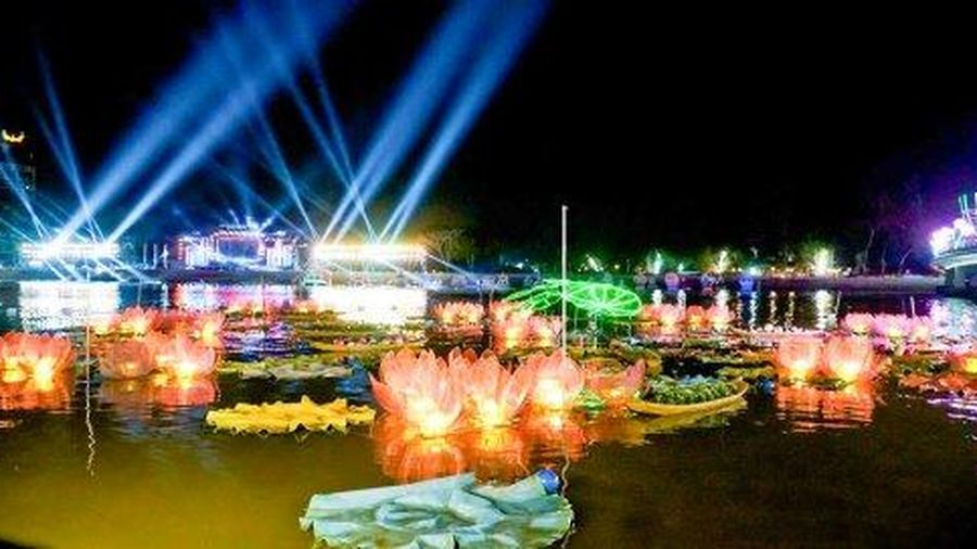 Khai hội Ngày hội Du lịch - Đêm hoa đăng Ninh Kiều năm 2020