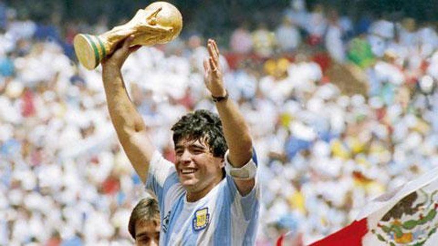 Maradona là độc nhất vô nhị