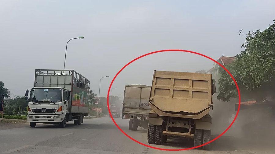 Xe tải và xe ben rượt đuổi, chèn nhau như phim hành động trên Quốc lộ 6