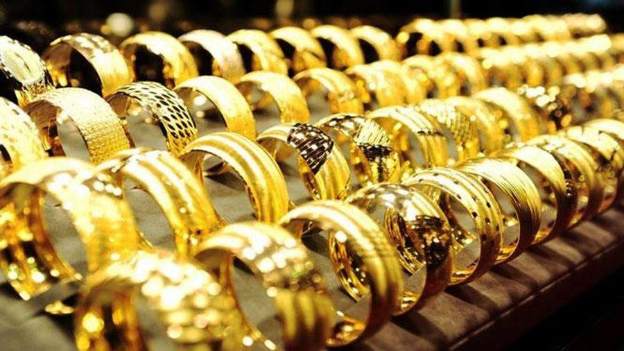 Giá vàng tăng 150.000 đồng/lượng