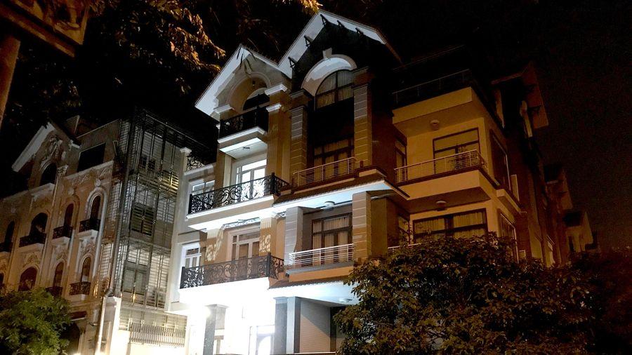 Điều tra án mạng tại căn nhà 3 tầng ở TP.HCM