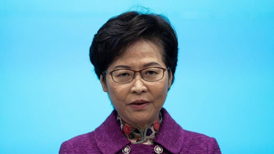 Đặc khu trưởng Hong Kong: 'Tôi có tiền mặt chất đống ở nhà'