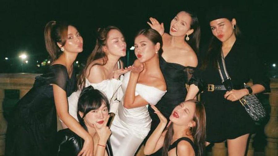 MC Vũ Thu Hoài tung ảnh tiệc cưới, hai bạn thân chiếm trọn spotlight