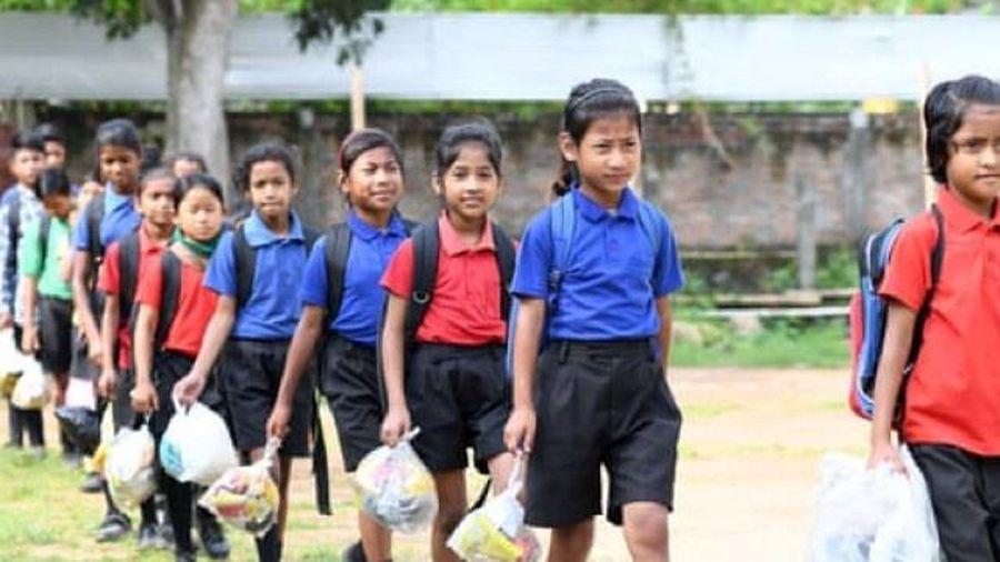 Ấn Độ: Nhân rộng mô hình trường học thu phí bằng rác thải nhựa