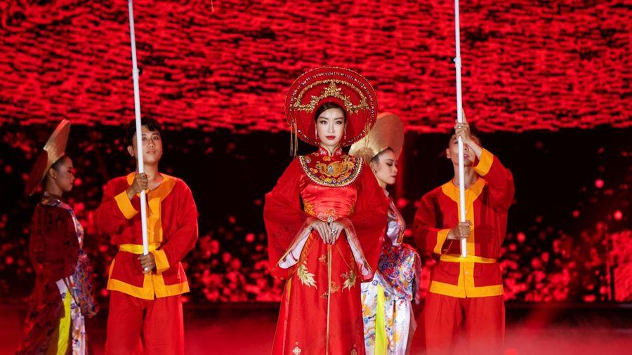 Hoa hậu Đỗ Mỹ Linh nói gì về tân Hoa hậu Đỗ Thị Hà?