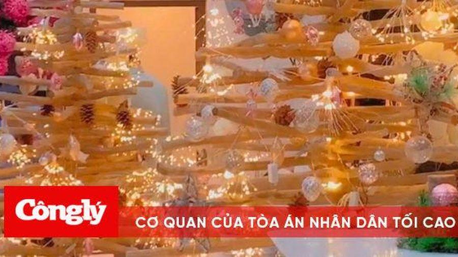 Ngó nghiêng căn biệt thự chục tỷ của Ngọc Trinh lên đồ đón Giáng sinh lung linh như cung điện