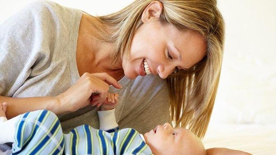 Tháng đầu sau sinh mẹ cần thuần thục 7 kỹ năng cơ bản để chăm bé một cách chu đáo