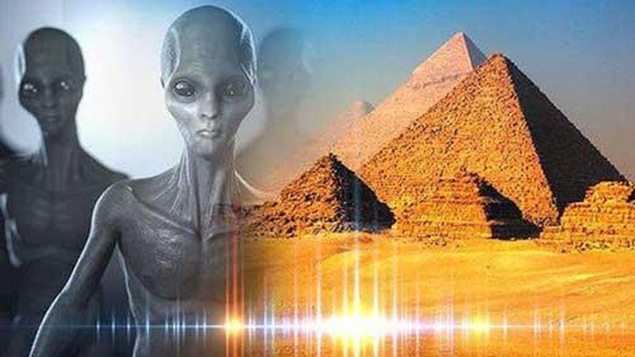 Ai Cập: Kim tự tháp không phải do người ngoài hành tinh xây dựng