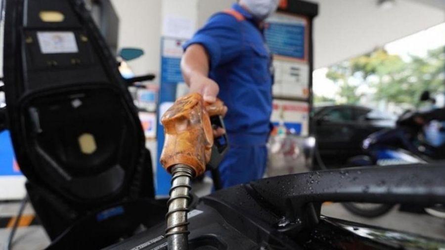 Giá xăng dầu hôm nay 28/11: Tăng 8% trong tuần
