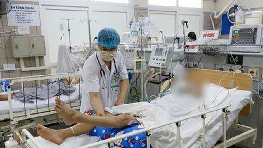 Cụ ông 70 tuổi ngộ độc pate Minh Chay đã tử vong