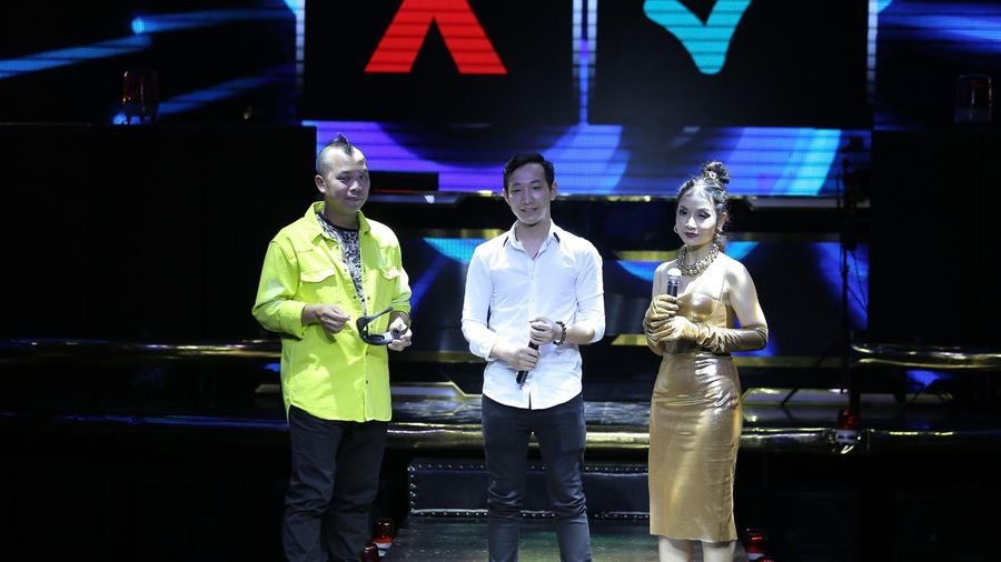 DJ STAR: DJ Bình Mèo vuột mất thí sinh về TEAM Huấn Phan