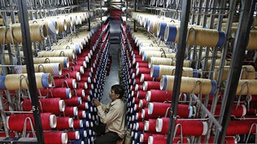 Nền kinh tế Ấn Độ lần đầu tiên rơi vào suy thoái vì COVID-19, tăng trưởng âm 2 quý liên tiếp