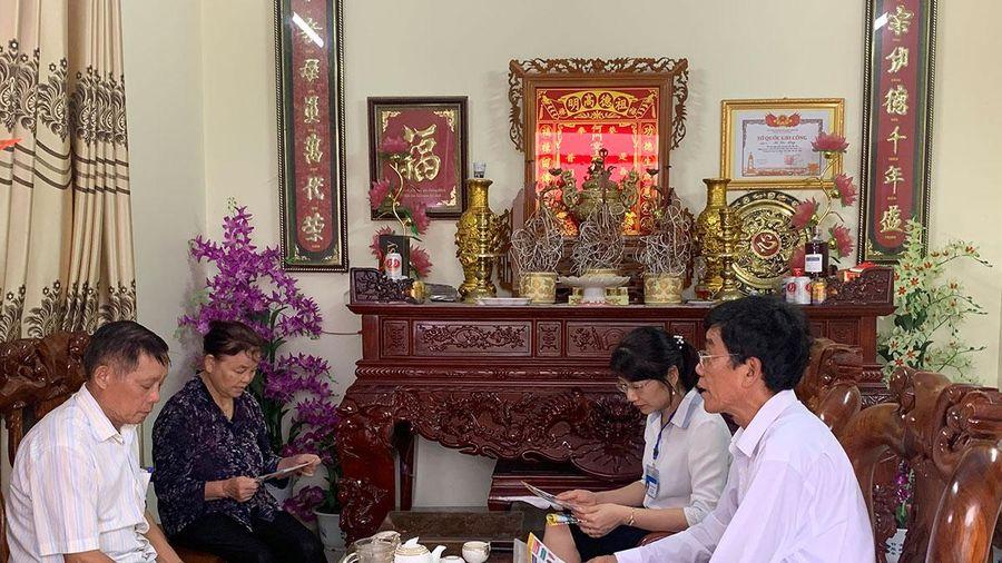 Bí thư chi bộ, Trưởng khu Nguyễn Xuân Bốn: Tích cực đưa pháp luật đến với người dân