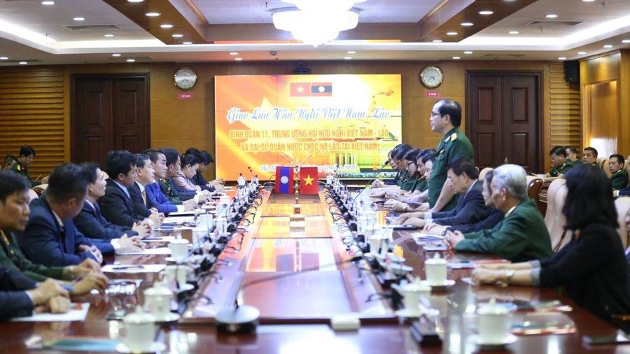Gặp gỡ hữu nghị Việt Nam-Lào tại Binh đoàn 11: Ôn kỉ niệm, quyết tâm xây tiếp tình hữu nghị hai nước