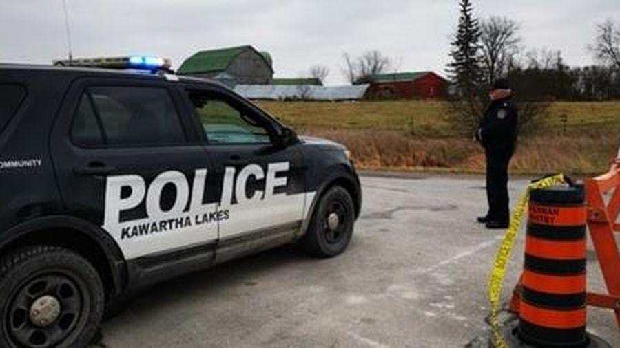 Bé trai con tin thiệt mạng khi cảnh sát Canada nã đạn vào kẻ bắt cóc