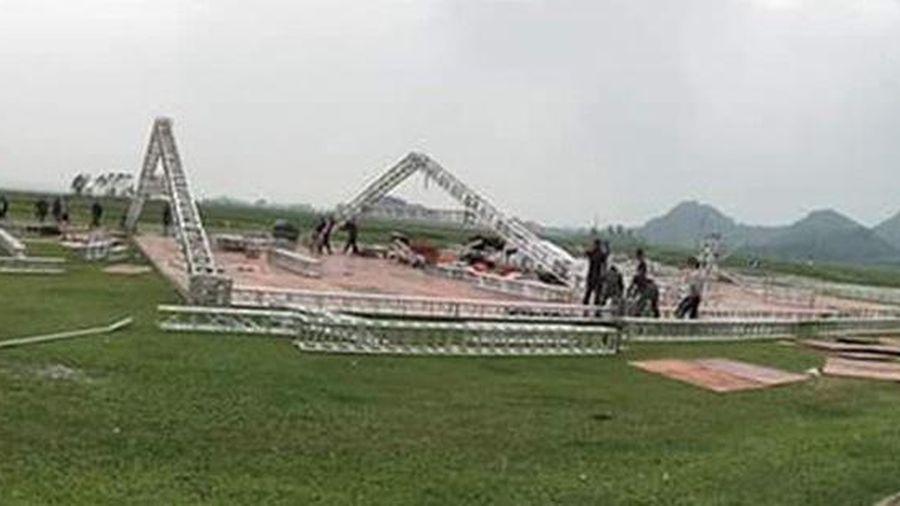 Đám cưới Công Phượng tại Nghệ An: Rạp 'siêu to' dựng trước 5 ngày tại sân bóng tuổi thơ của chú rể