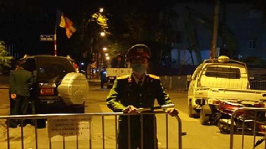 22h30 tối nay 29-11: Lực lượng Công binh tiến hành 'vô hiệu hóa' quả bom ở công trình 15 phố Cửa Bắc