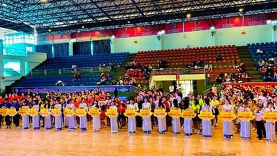 Trên 700 VĐV tham dự Giải Vô địch đồng diễn các vũ điệu thể thao tỉnh Quảng Ninh