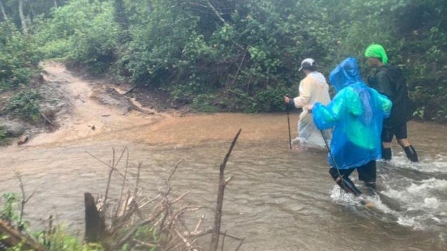 Nước cuốn trôi 4 du khách khi du lịch ở Lâm Đồng