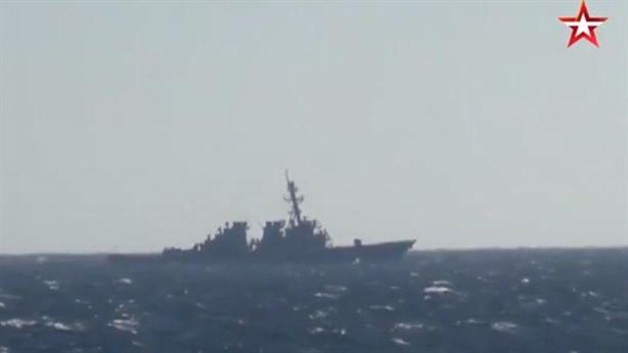 Tàu Mỹ sẽ lĩnh đủ nếu vẫn vào Vịnh Peter Đại đế