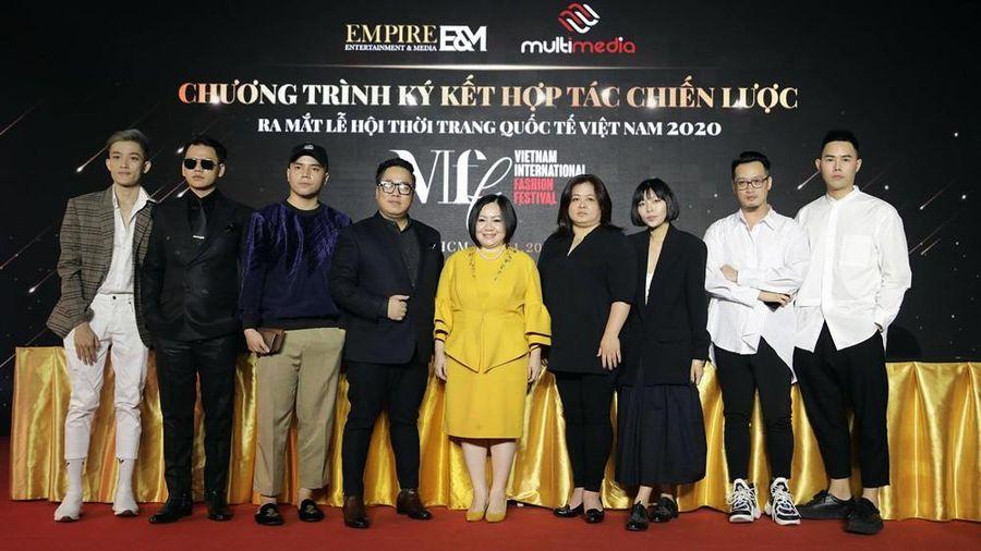 Lễ hội Thời trang quốc tế đầu tiên tại Việt Nam