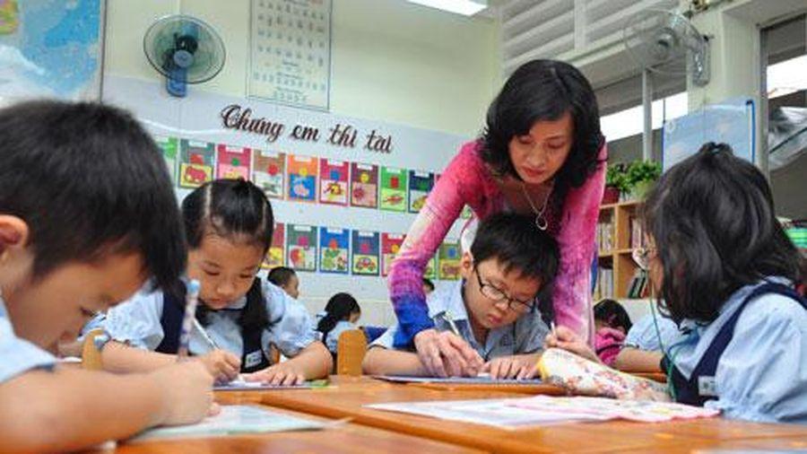 Tháng 12/2020, sẽ xóa bỏ chứng chỉ ngoại ngữ, tin học cho giáo viên