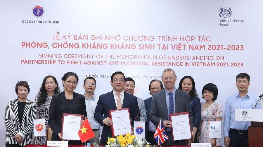 Lễ Ký kết Chương trình Hợp tác phòng, chống kháng kháng sinh tại Việt Nam