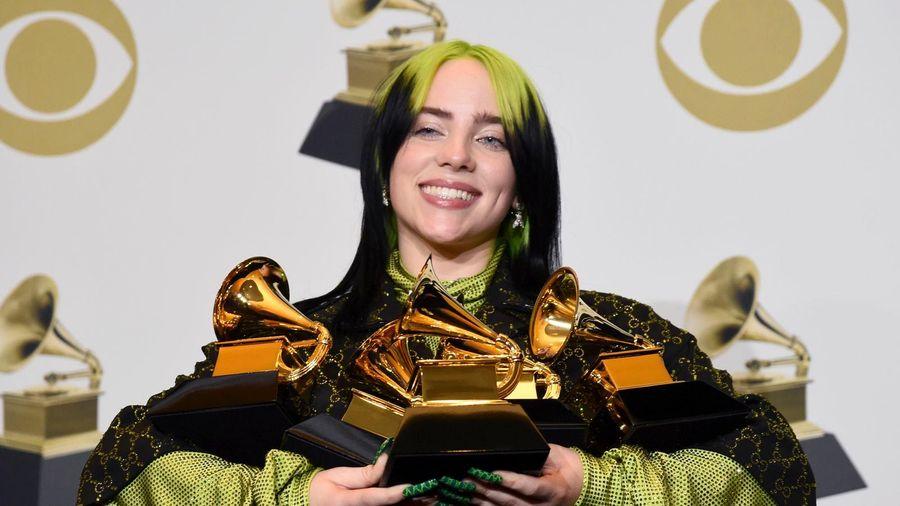 Sự mục ruỗng đằng sau những chiếc kèn vàng Grammy