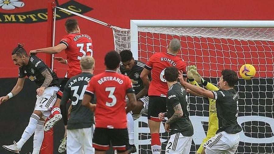 Vòng 10 Ngoại hạng Anh: Đau tim với 'Quỷ đỏ', Tottenham và Chelsea tẻ nhạt