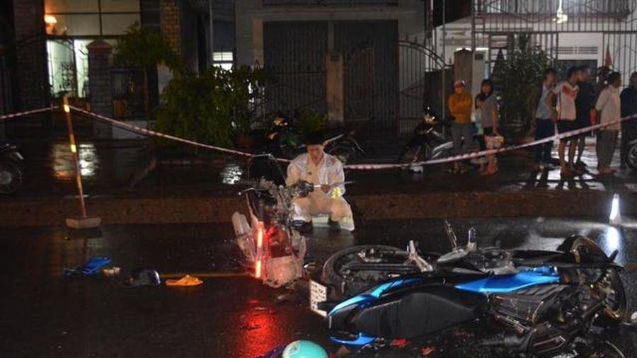 Gia Lai: Hai xe máy đấu đầu, 3 người thương vong
