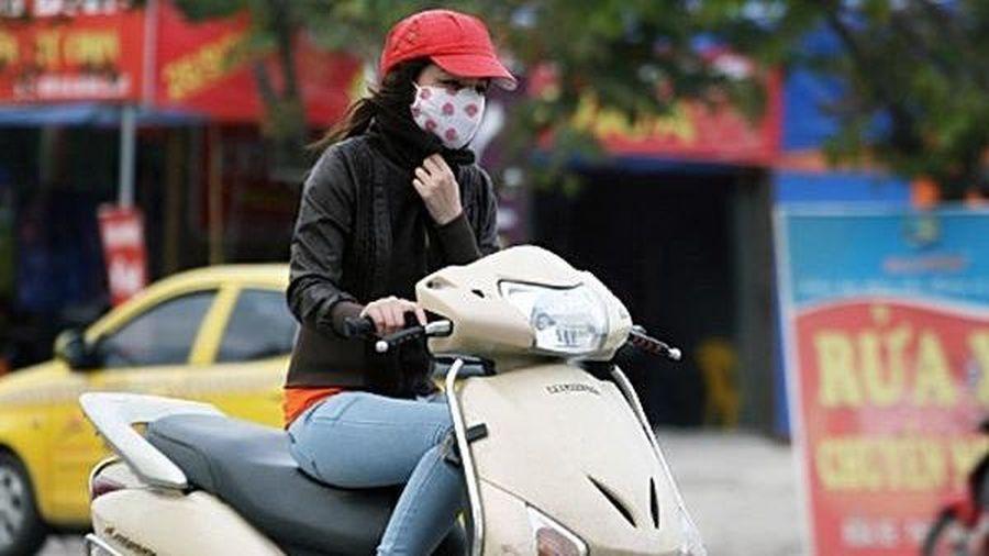 Dự báo thời tiết 30/11: Bắc Bộ chìm trong gió rét, miền Trung mưa xối xả