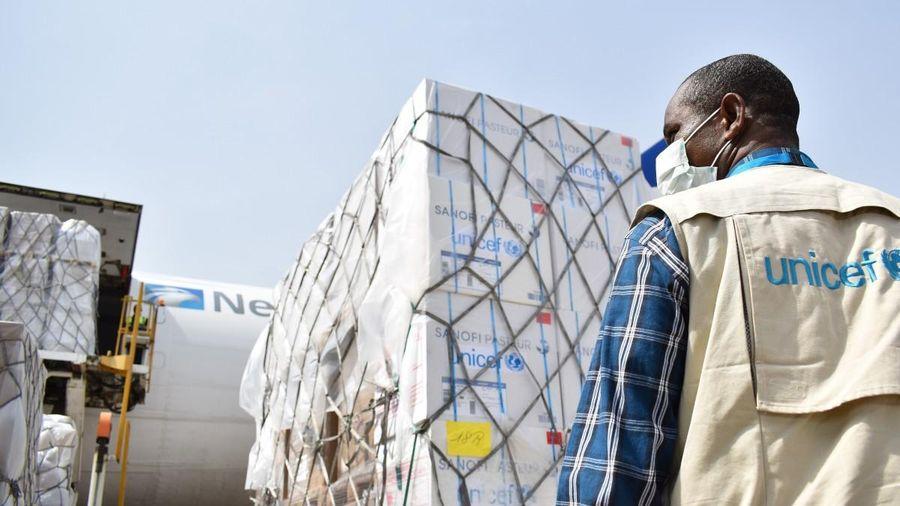 UNICEF trước thách thức phân phối vaccine COVID-19 toàn cầu