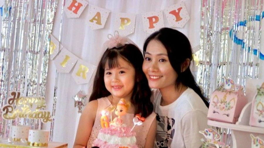 Con gái tròn 6 tuổi: Vợ cũ Gia Bảo tổ chức sinh nhật ấm cúng, nam diễn viên dẫn con gái đi chơi