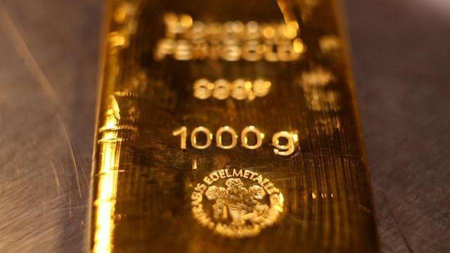 Vàng thế giới tiếp tục 'cắm đầu', trong nước tuột mốc 54 triệu đồng/lượng