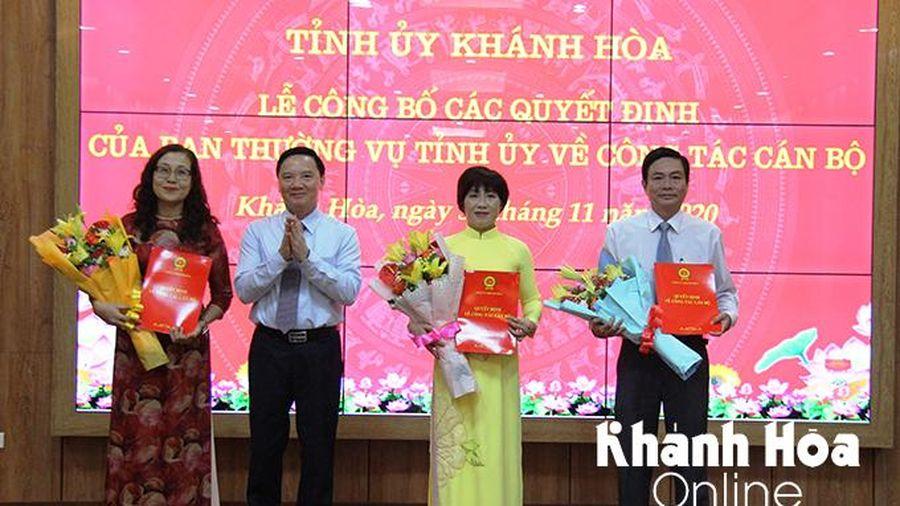Trao các quyết định của Ban Thường vụ Tỉnh ủy Khánh Hòa về công tác cán bộ