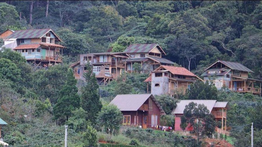 Lâm Đồng: Xử lý dứt điểm 'làng biệt thự' xây dựng trái phép dưới chân núi Voi