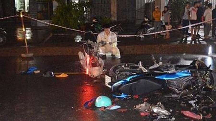 Xe máy đối đầu trên Quốc lộ, 1 người chết, 3 người bị thương