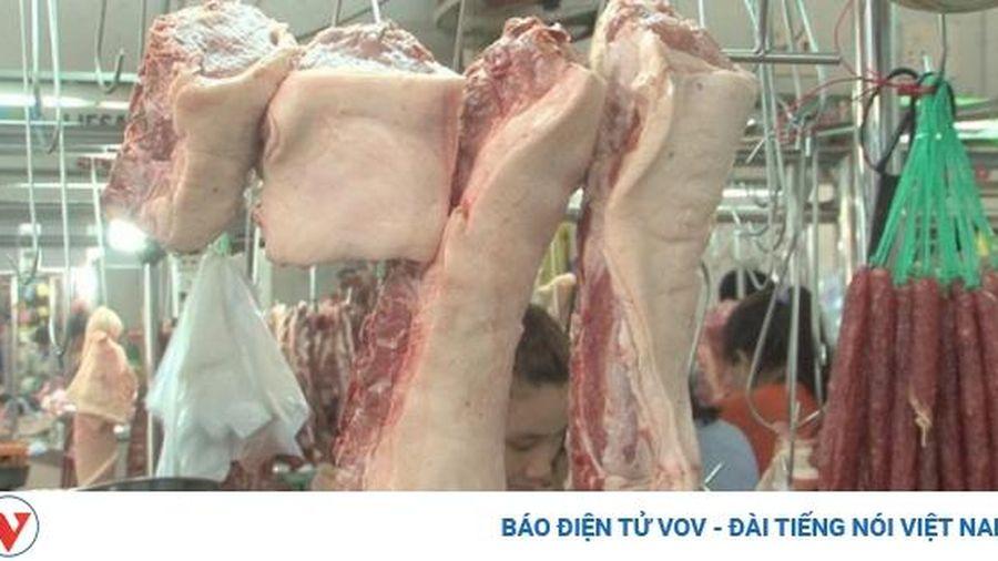 Không lo sốt giá thịt lợn những tháng cuối năm