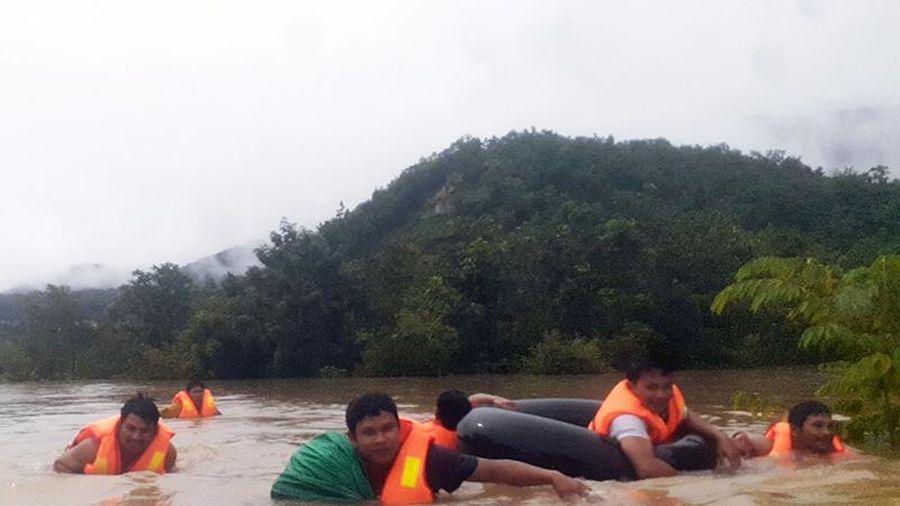 Ninh Thuận dồn lực ứng phó mưa lũ