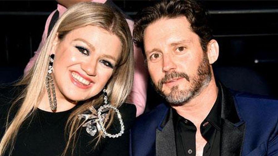 Chồng cũ đề nghị Kelly Clarkson trợ cấp 5,2 triệu USD mỗi năm